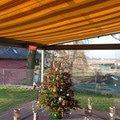 Elegantni terasa glasoase s markyzou a svetelnymi panely led zastreseni terasy 17