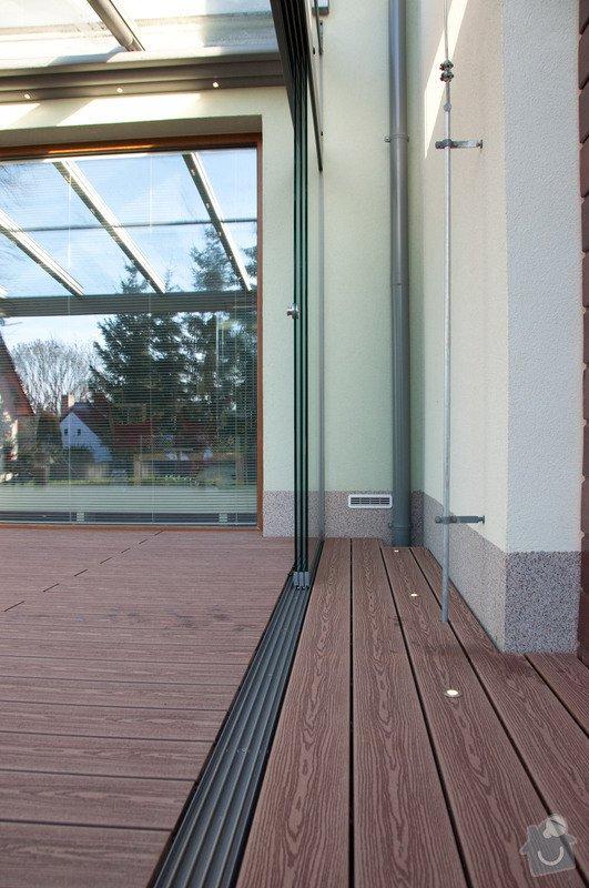Elegantní terasa Glasoase s markýzou a světelnými panely LED: zastreseni-terasy_21