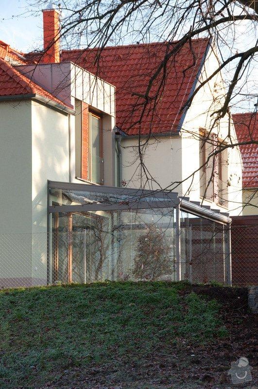 Elegantní terasa Glasoase s markýzou a světelnými panely LED: zastreseni-terasy_30