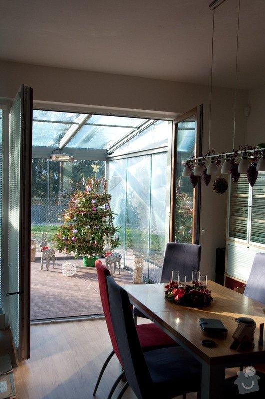 Elegantní terasa Glasoase s markýzou a světelnými panely LED: zastreseni-terasy_11