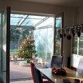 Elegantni terasa glasoase s markyzou a svetelnymi panely led zastreseni terasy 11