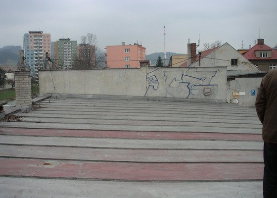 Rekonstrukce střechy cca 200 m2