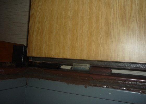 Koženka na vchodove dvere/zatepleni