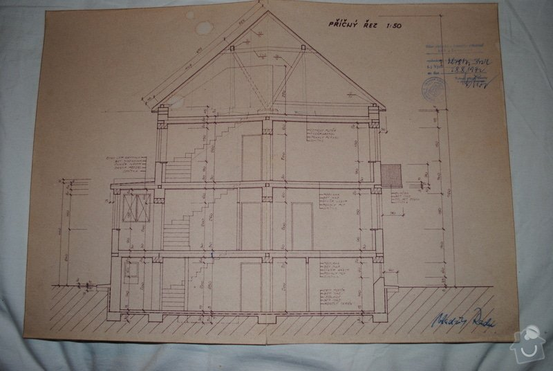 Rekonstrukce RD z r.1975,výměna oken,pokrývačské práce,zateplení střechy,stavba terasy,obkladačské práce,: DSC_0205