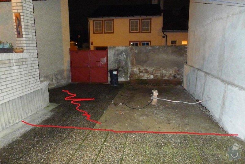 Položení 48m2 vymývané dlažby do betonu plus stavba sloupu a části plotu se štukovými prvky o délce 6,8m: 01a_aktualni_vzhled_po_castecne_demolici