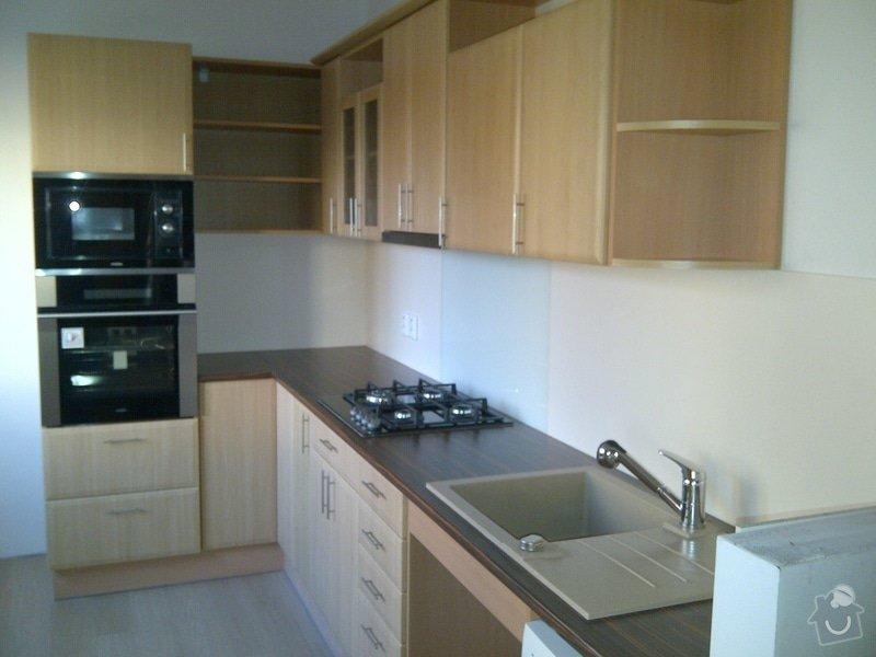 REKONSTRUKCE koupelny,WC,komory + kuchyně a chodby: IMG-20131107-01472