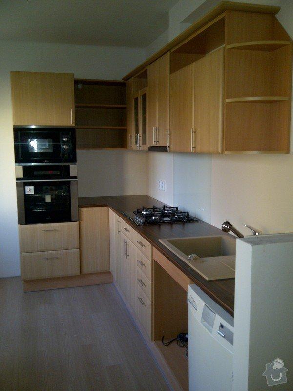 REKONSTRUKCE koupelny,WC,komory + kuchyně a chodby: IMG-20131107-01473