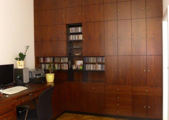 Skříňová stěna do pracovny