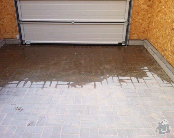 Kompletní stavba RD, dřevostavba: garaz-zateceni