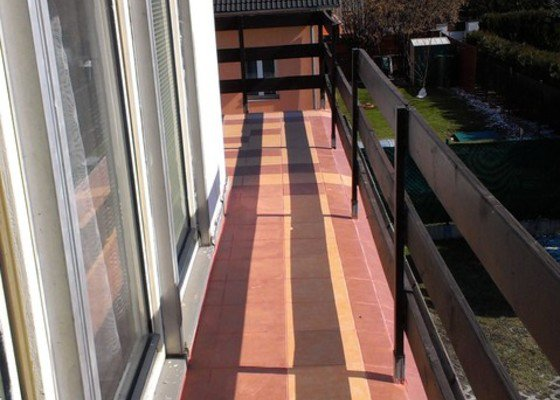 Pokládka dlazby na balkon