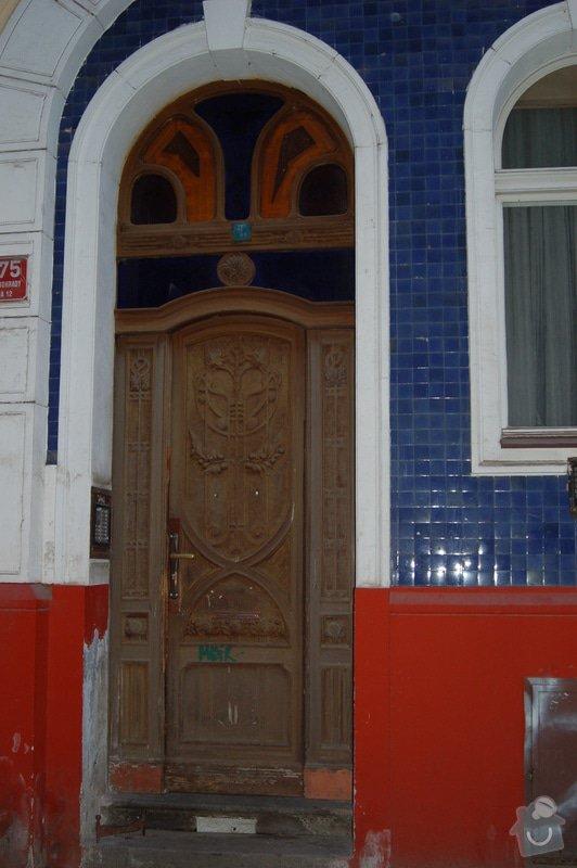 RENOVACE HISTORICKÝCH DVEŘÍ: P2_MORAVSKA_1375_VSTUPNI_DVERE_01