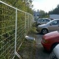 Obnova zahonu na parkovisti obnova provizorniho chodniku prum zastrizeni kerovych skupin na parkovisti v arealu bb centra 2012 10 11 15 35 13 773