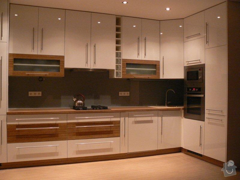 Výroba kuchyňské linky: P1100587