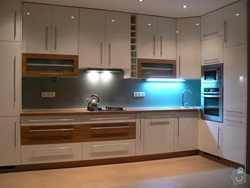Výroba kuchyňské linky: P1100592