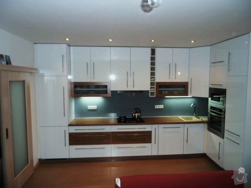 Výroba kuchyňské linky: PB250045