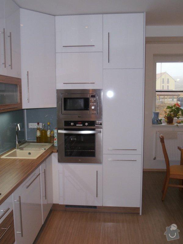 Výroba kuchyňské linky: PB250049