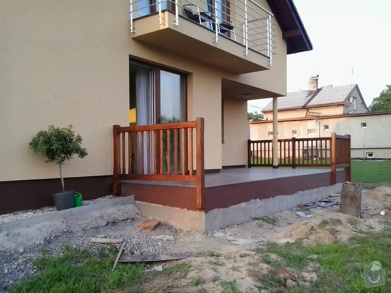 Dřevěné zábradlí na terasu: 2013-06-19_20.04.22