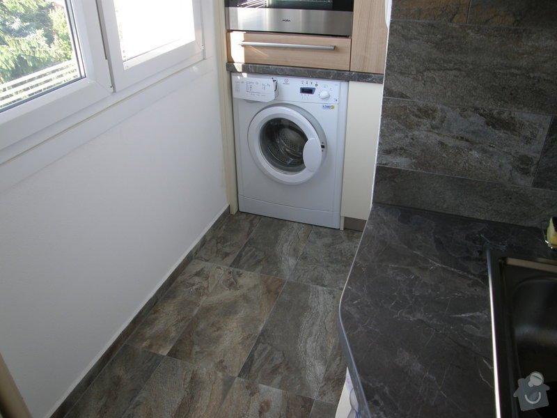 Dlažba a obklady v kuchyni panelového bytu: P6211774