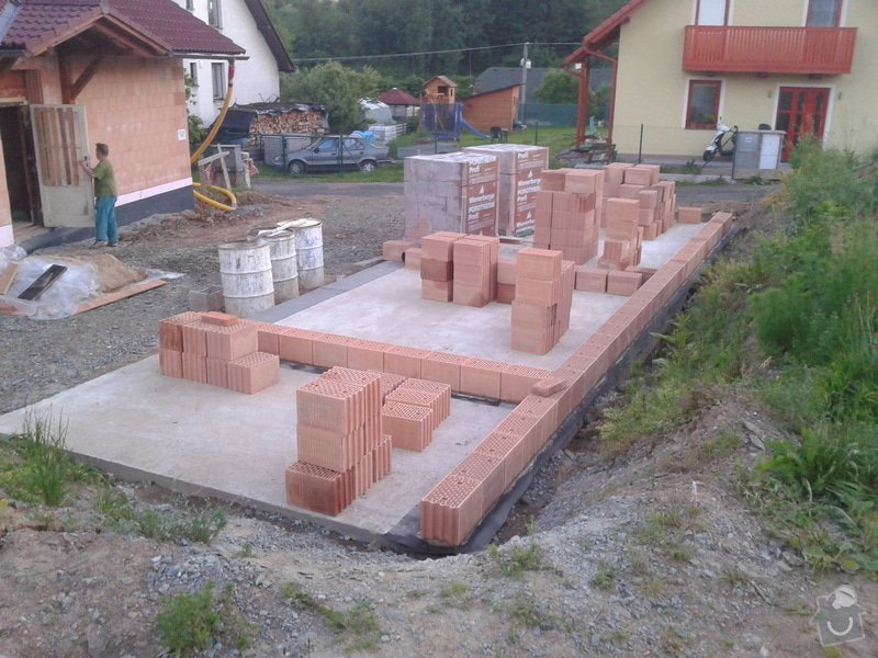 Výstavba hr. stavby garáže - Porotherm 24 Dryfix: IMG_20130611_210729