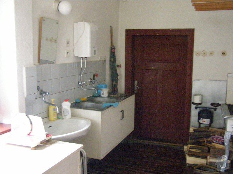 Skříňky a poličky do kuchyně: P5110055