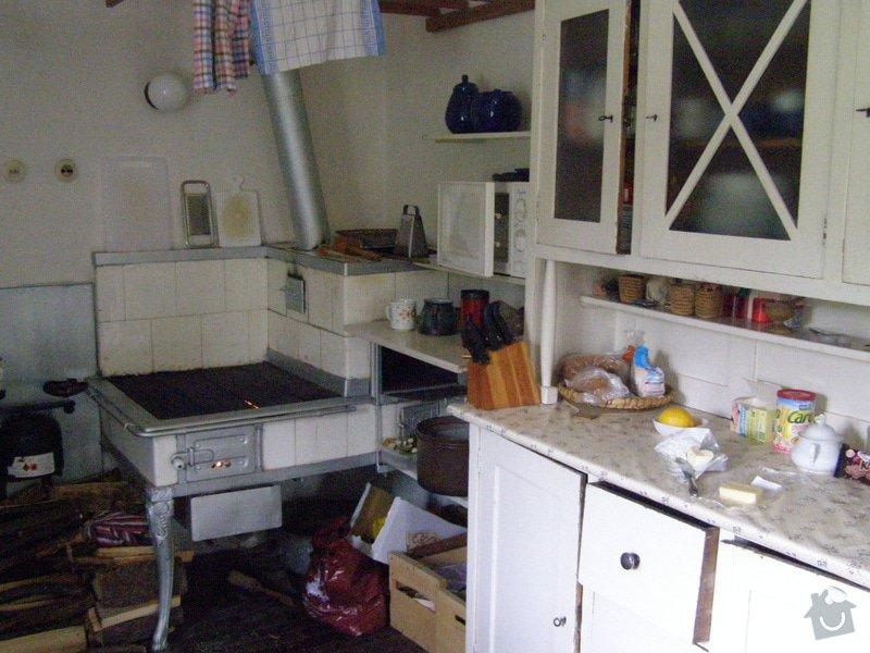 Skříňky a poličky do kuchyně: P5110056