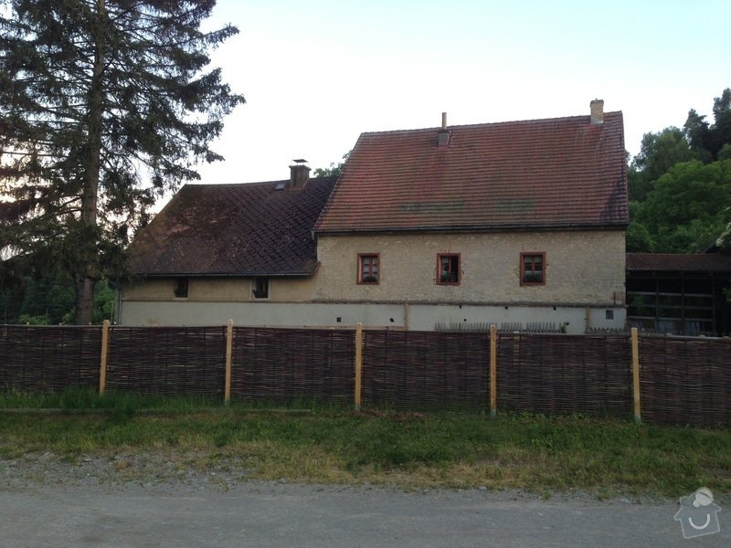 Rekonstrukci střechy: IMG_0236
