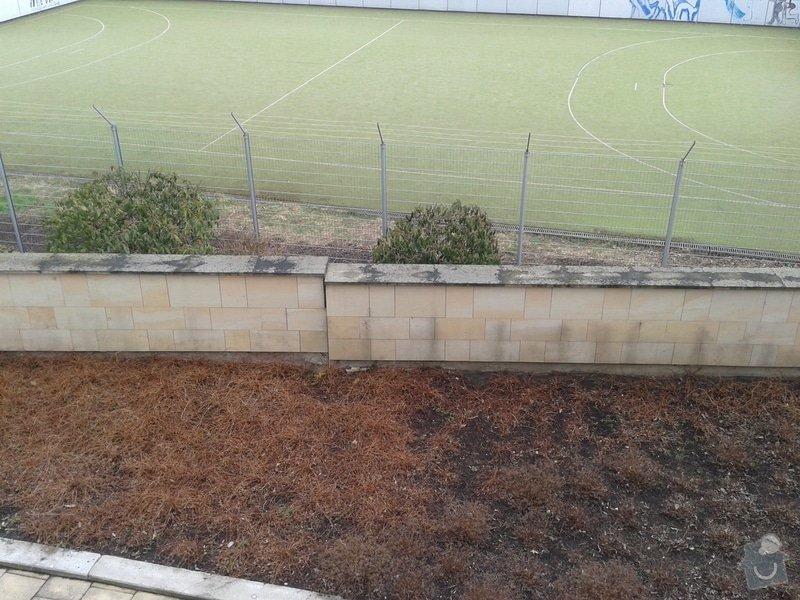 Sanace (stabilizace) a odvodnění opěrné stěny : 20130410_105507