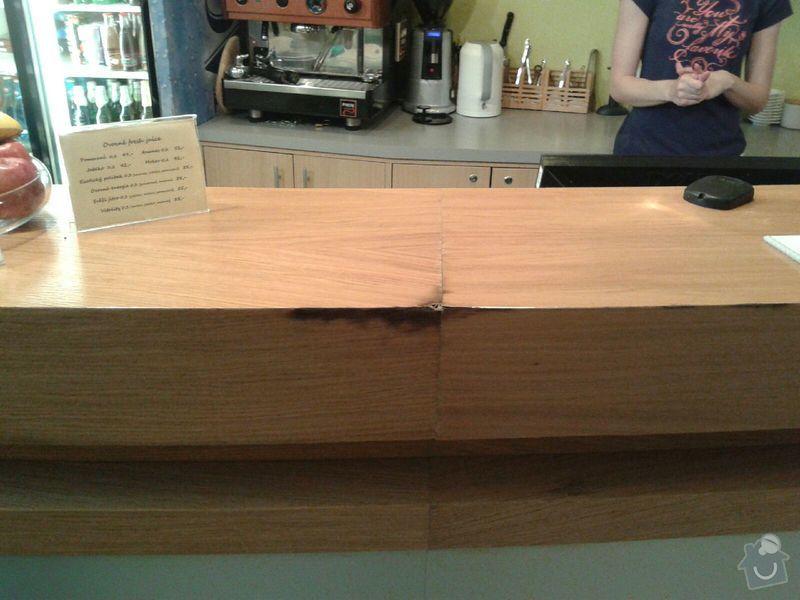 Oprava dřevěného baru: krb1
