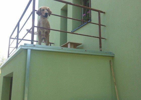 Zateplení RD,výměna klempířských prvků,rekonstrukce balkonů.