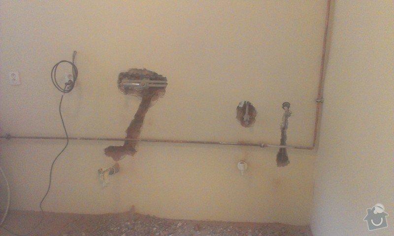 Instalace 4x zásuvky, přemístění pračkového kohoutu, dřezové baterie, odmontování dveří a futer: IMAG1505