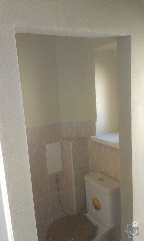 Instalace 4x zásuvky, přemístění pračkového kohoutu, dřezové baterie, odmontování dveří a futer: IMAG1617