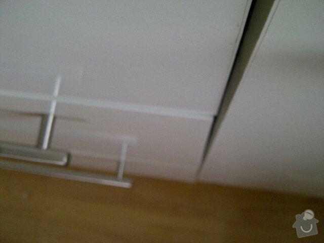 Kuchyňská linka (6 stejných sestav): Praha-20130401-00835