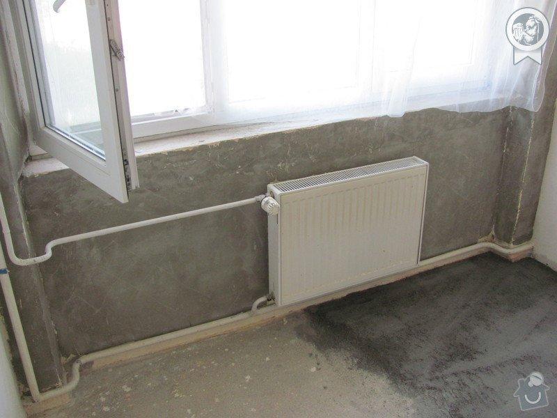 Dokončení jemných omítek cca 16 m2, připevnění parapetů: IMG_0759