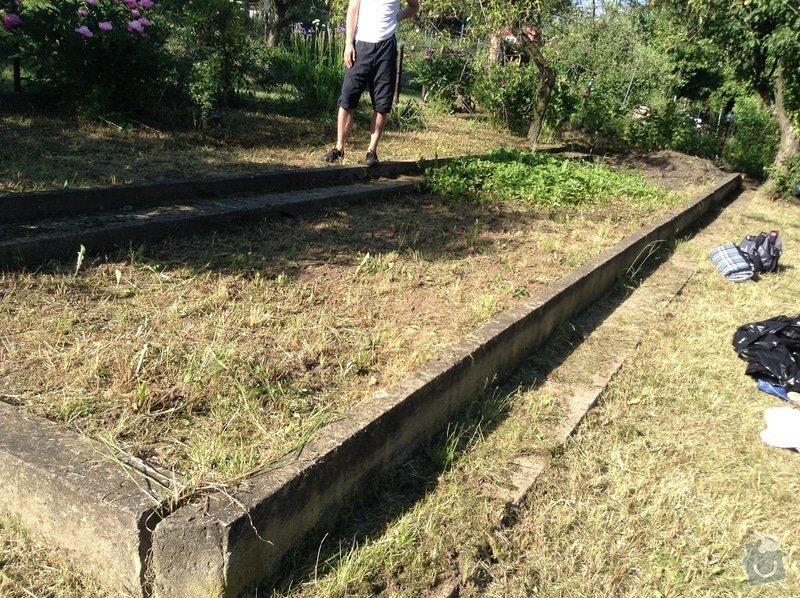 Zemní práce (likvidace betonové desky, úprava zeminy na zahradě)): IMG_0828