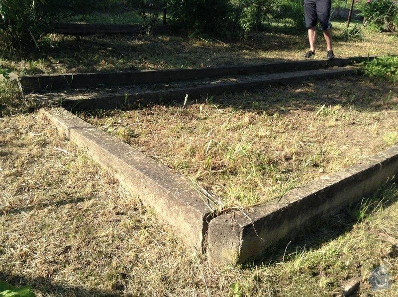 Zemní práce (likvidace betonové desky, úprava zeminy na zahradě)): IMG_0829