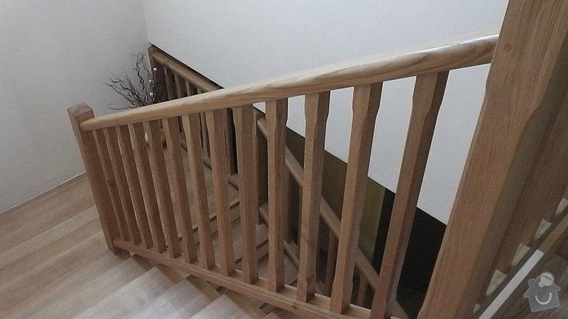 Tesaře pro masivní schodiště: S1190004