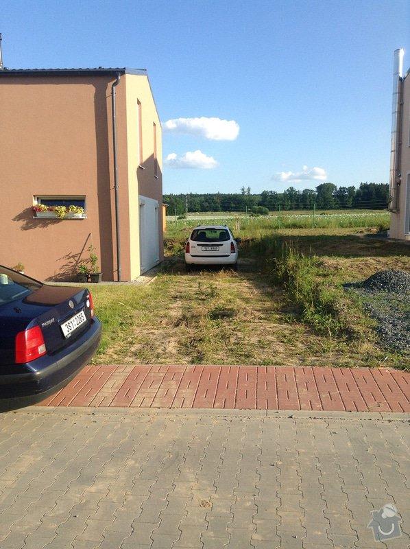Vybetonování terasy + vydláždění stání na auto: stani