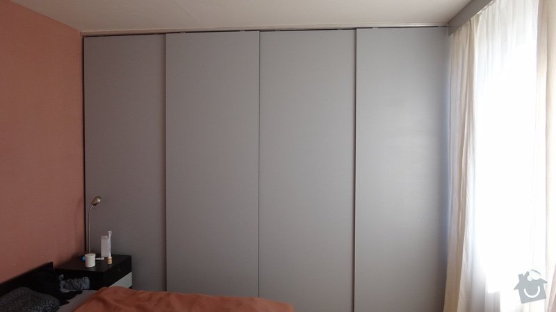 Výroba 8ks posuvných dveří: DSC00743