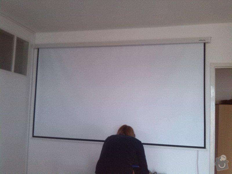 Montáž stropního světla, rolet a projektoru: listovy_rozvod