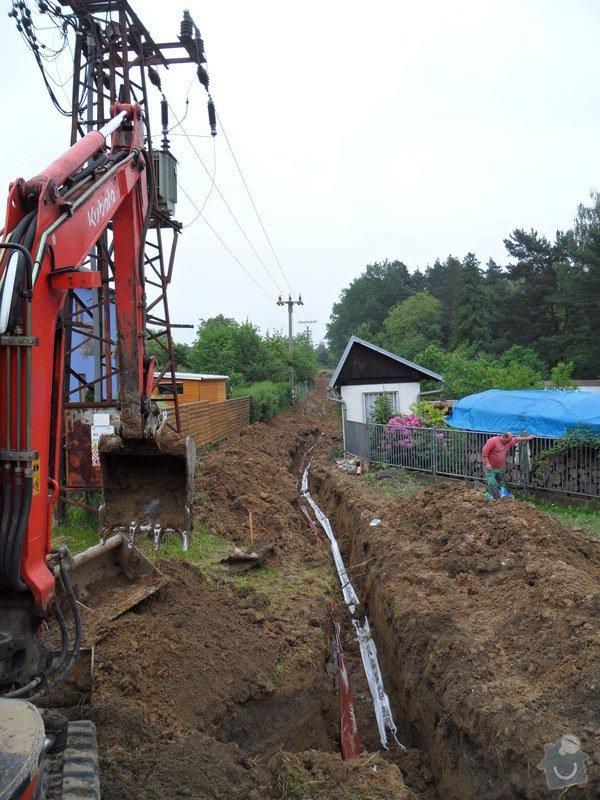 Realizace vodovodní a kanal.přípojky pro RD: 12