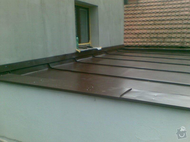 Falcovaná střecha,fasáda,dlažba: 002