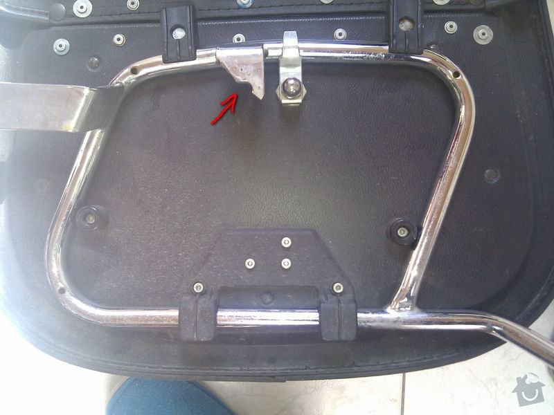 Svařit nosiče brašen - zámečník nebo kovovýroba: drzak_3