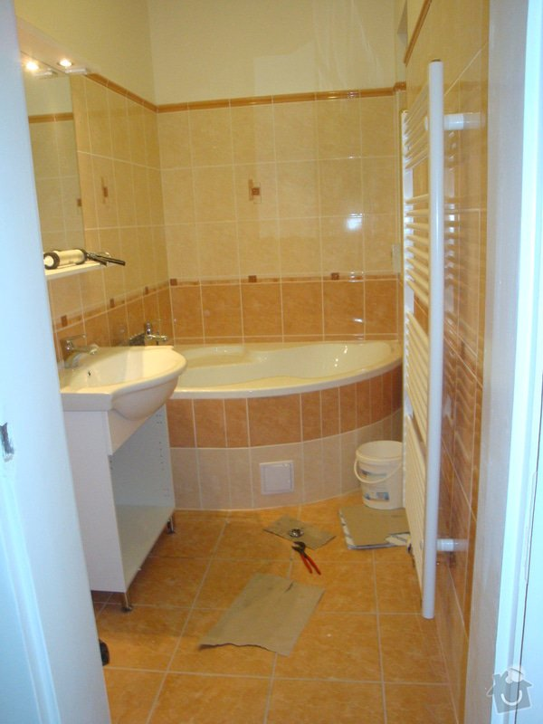 Rekonstrukce koupelny a toalety + další zednické práce: DSC07519