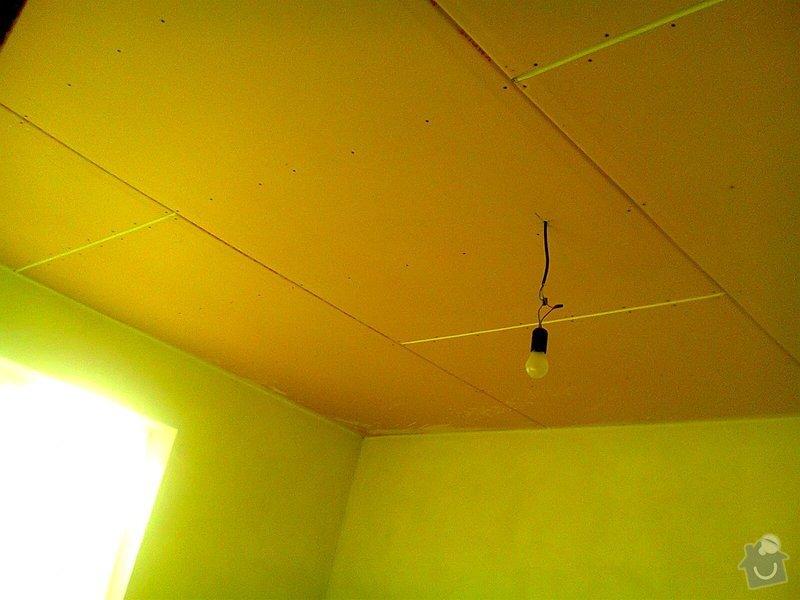 Pomocné i samostatné stavebné práce pri stavbe rodinného domu: strop_sadrokaton_loznice