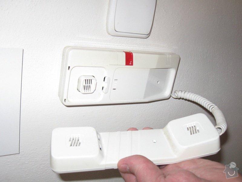 Opravu domovního telefonu: IMG_1119