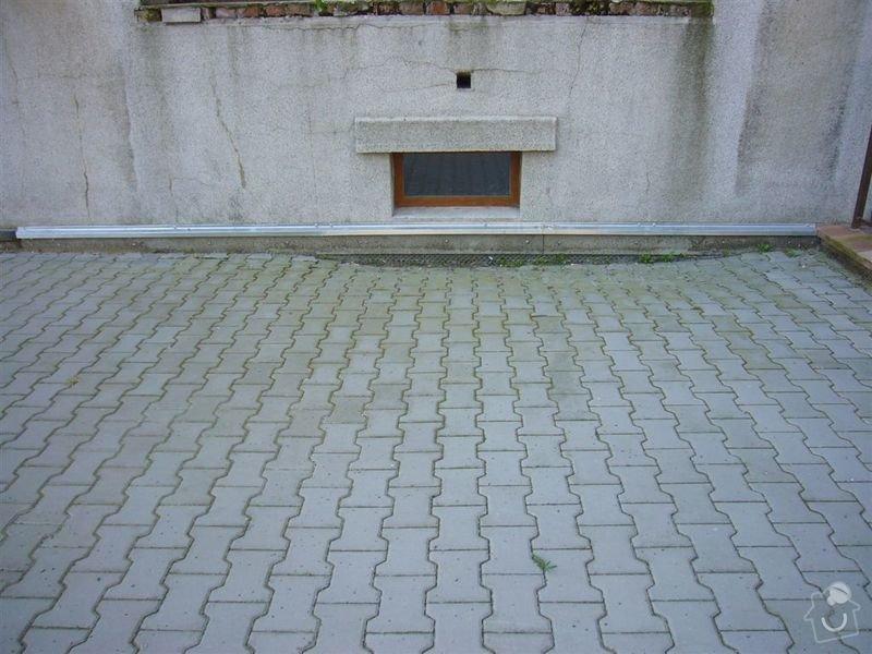 Opravu chodníku: P1130167
