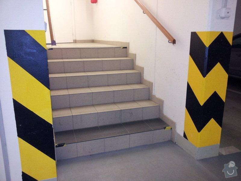 Nájezdová rampa na schody pro kočárek: schody