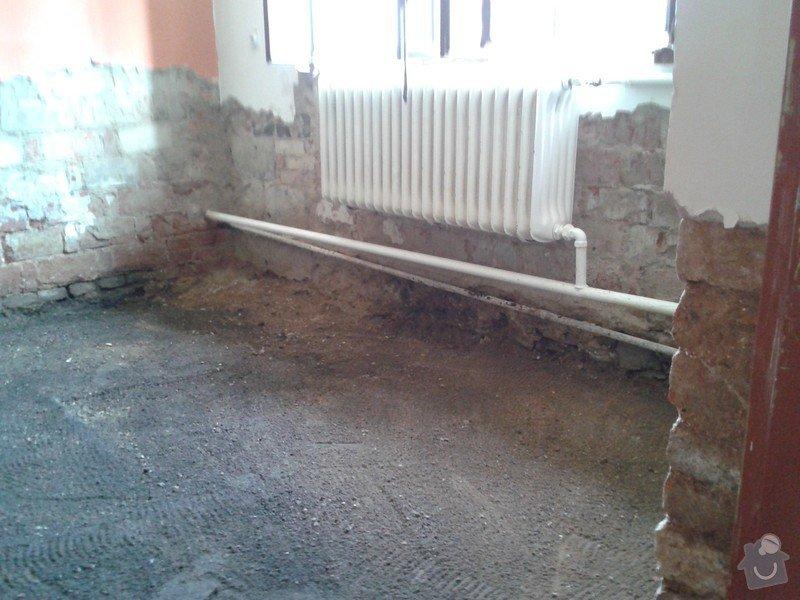Dům po povodňích. 3 místnosti á 22m2 hydroizolace, betonová podlaha + omítky: WP_000636