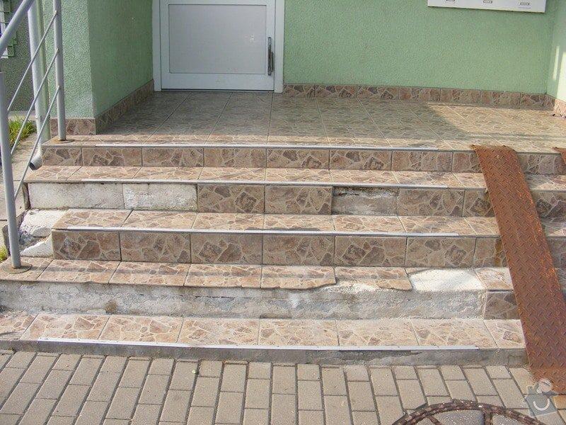 Rekonstrukce venkovních schodů: DSCF3842