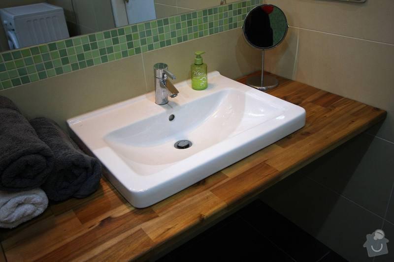 Koupelna s atypickým sprchovým koutem: 1